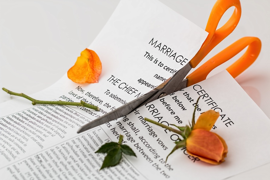 divorce-separation-marriage-breakup-split-39483-large